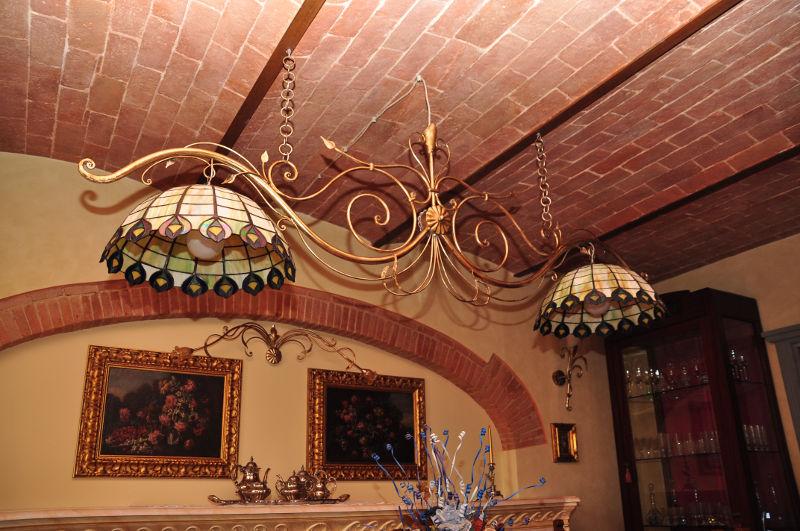 Lampadari In Ferro E Ceramica : Antichità il tempo ritrovato antiquariato e restauro