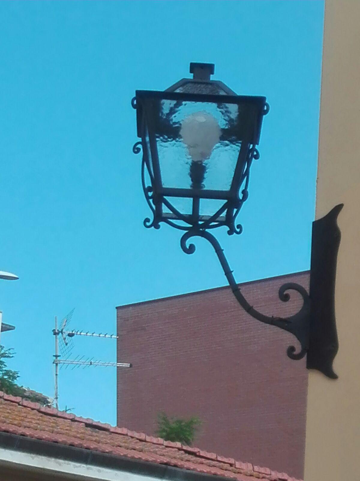 lampadari pisa : Massimo Falaschi Ferro Battuto