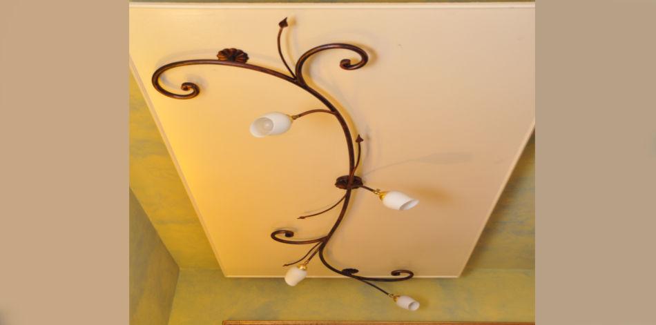 lampadari pisa : Lampadario a Soffitto in Ferro battuto